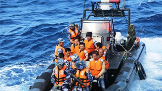 Navy ship rescues fishermen stranded in South China Sea