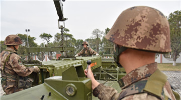 Soldiers transfer Tor surface-to-air missile module