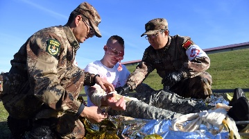 Chinese, U.S. militaries hold joint drills on humanitarian relief, disaster rescue