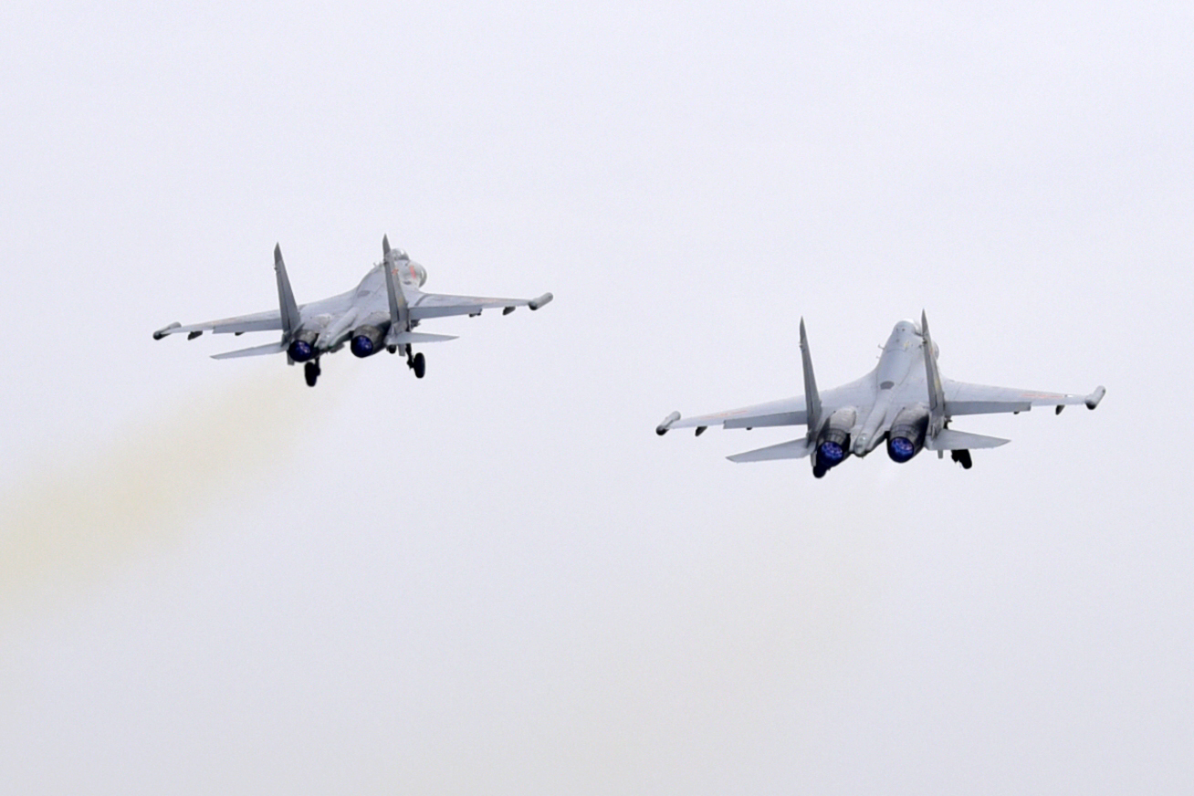 Air force aviation brigade conducts flight training - China Military