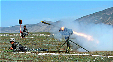 Live-fire test in Qinghai-Xizang Plateau