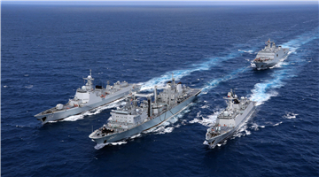 Vessels conduct replenishment-at-sea in Pacific Ocean