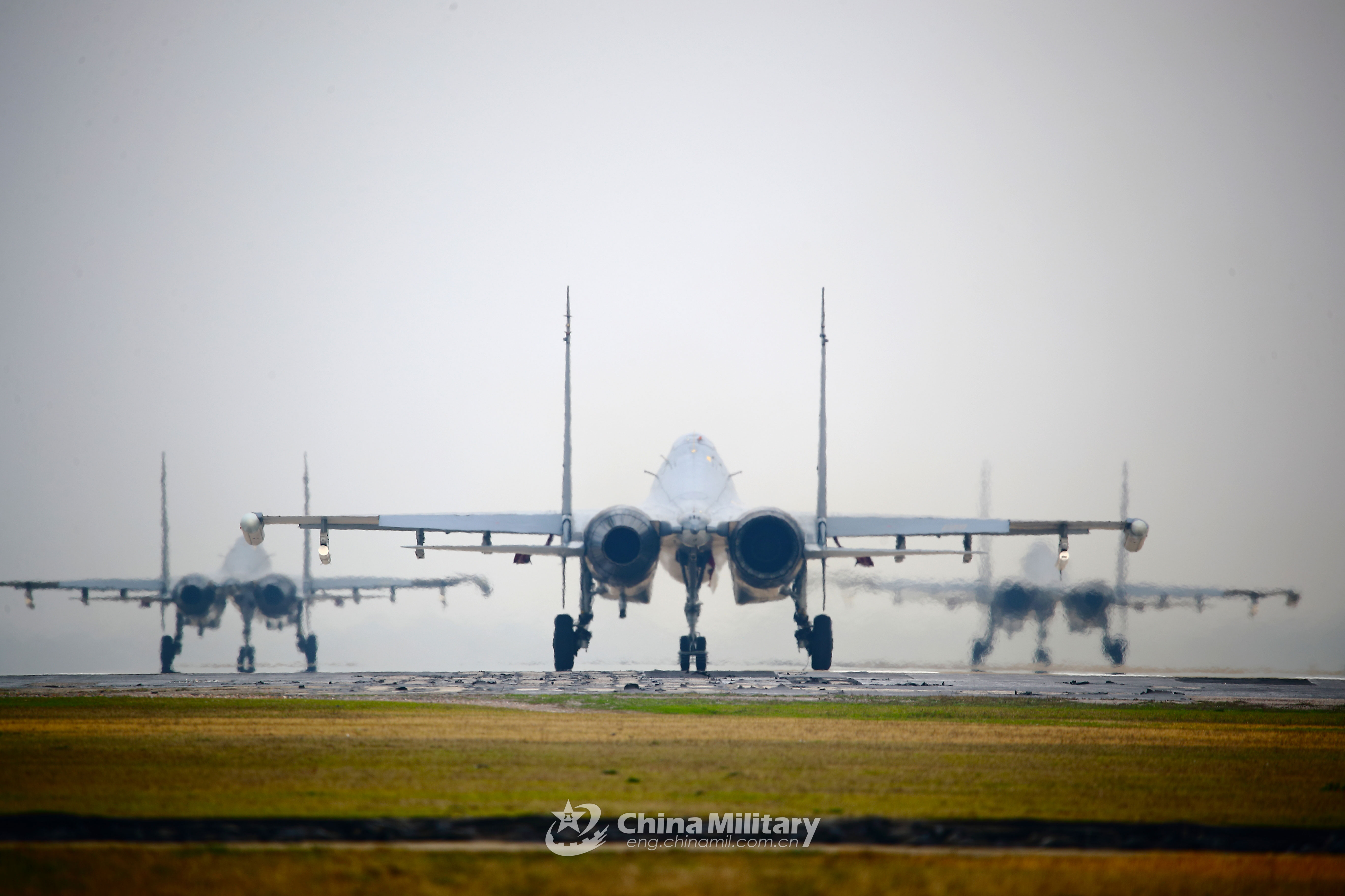 Fighter jets await approval to takeoff - China Military