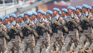 Chinese peacekeepers debut at military parade on National Day