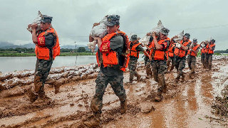 Flood relief missions demonstrate strong PLA logistic support capability
