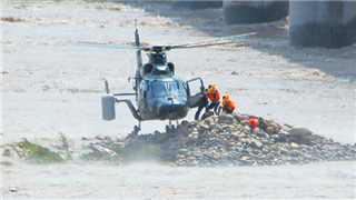 PLA army aviation helicopters join rescue of two flood-trapped villagers
